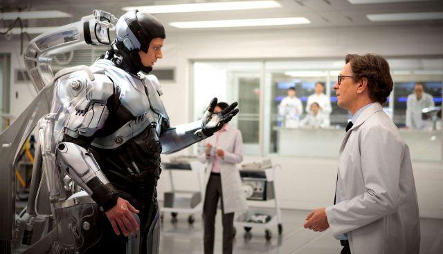 RoboCop-Gary-Oldman-Dr-Dennett-Norton-Alex-Murphy