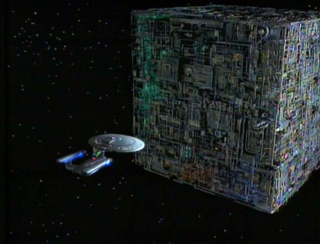 USS-Enterprise-and-Borg-Ship
