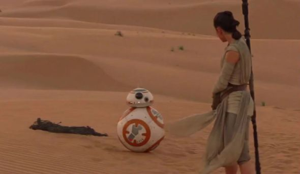 SWTFA-SS-HEADER-Rey-and-BB8-590x900