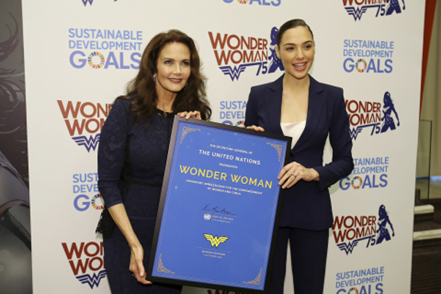 Fonte http://www.comingsoon.net/extras/news/778685-wonder-woman-becomes-a-un-ambassador#/slide/1