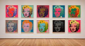 Instalação do retrato de 10 Marilyn Monroe Técnica: impressão sobre tela. Dimensão: 91,5 x 91,5 cm